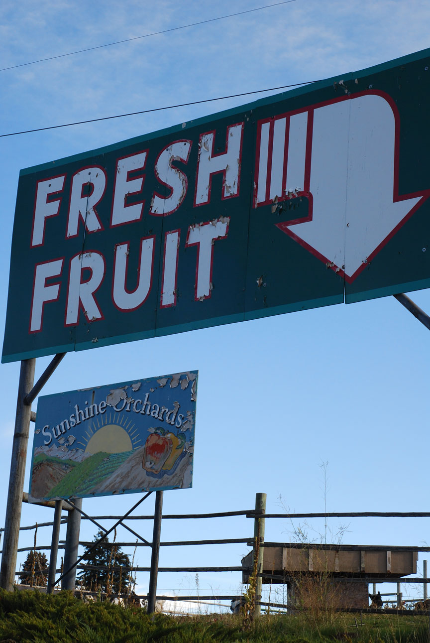 photo of fruit stand in Lake Chelan